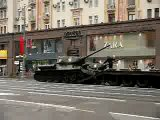 Власти москвы эвакуировали с Тверской улицы неправильно припаркованные танки Т34